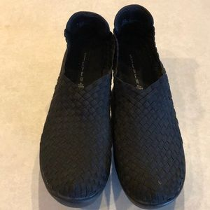 Black shoes by Steve Madden
